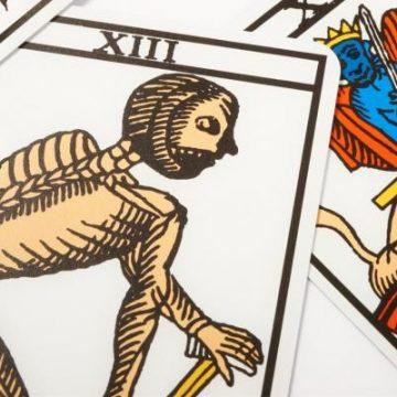 """La carta de """"la muerte"""" en el Tarot y su verdadero significado"""